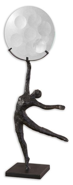 Magnifying glass sculpture