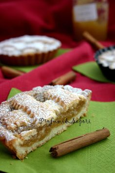 Pur essendo siciliana, ho vissuto parte della mia vita in giro per l'Italia, assorbendone tradizioni e gusti. Se, da un lato, questo mi ha reso più eclettica e abituata ai sapori più disparati, ciò ha influito sulla mia conoscenza delle tradizioni culinarie tipiche della città in cui adesso vivo… Mary Stuart, Doughnut, Cinnamon, Cereal, Breakfast, Desserts, Food, Italia, Canela
