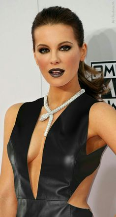 kate beckinsale latex top at DuckDuckGo Kate Beckinsale Hot, Underworld Kate Beckinsale, Kate Beckinsale Pictures, Beautiful Celebrities, Most Beautiful Women, Beautiful Actresses, Actrices Sexy, Leder Outfits, Christina Milian