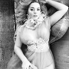 Sasha Pieterse Elizabeth Messina, Sasha Pieterse, Wedding Dresses, Instagram, Fashion, Bride Dresses, Moda, Bridal Gowns, Wedding Dressses