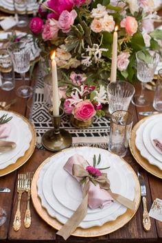 Vibrant Spanish Style Texas Wedding - MODwedding