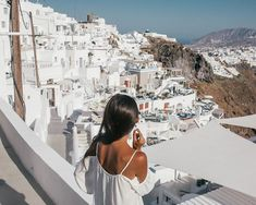 A complete guide to Santorini and the Greek Islands. Includes the travel tips, the best beaches, hikes, Instagram photo locations, itinerary ideas, sightseeing spots, where to stay, what to eat and more. #mykonos #santorini #greekislands #wanderlust #imerovigli