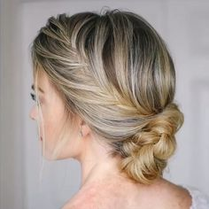 French Fishtail Braid Updo 🎥 Tag a friend that's looking for some prom hair inspo! 💃🏼💁🏼‍♀️ Full hair tutorial link in my bio! Fishtail Braid Hairstyles, Box Braids Hairstyles, Braid Ponytail, Mohawk Braid, Holiday Hairstyles, Wedding Hairstyles, Side French Braids, French Fishtail, Medium Hair Styles