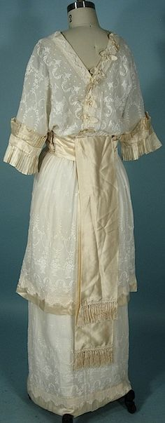 Antique Dress - 1914 Linen Crepe Embroidered Gown Trimmed in Ecru Satin of Oriental Design!
