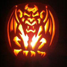Awesome pumpkin carving :) He did a FANTASTIC JOB. It looks so unreal!!!