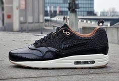 Nike Air Max 1 FB - Black/Black-Sail-Metallic Gold Via: Tenisufki.eu