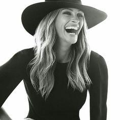 For Instyle Magazine. Fotografie Portraits, Cinema Tv, Julie Andrews, Stana Katic, Angelina Jolie, Famous Faces, Audrey Hepburn, Vogue Paris, Pretty Woman