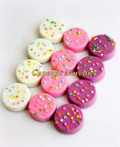 Buy online on Etsy! Delicious custom Chocolate-covered Oreos in delicate pastel colors - white, pink & purple! Great for a girly party, a princess themed or Barbie themed birthday, girl baby shower, Spring & Garden themed parties or any event needing an elegant bright touch of yummy dessert!