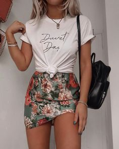 Fall Fashion Outfits and Street Style Casual Look Ideas Of Trend Clothes - T Shirt İdeas Fall Fashion Outfits, Mode Outfits, Skirt Outfits, Look Fashion, Spring Outfits, Trendy Outfits, Autumn Fashion, Hipster Fashion, Fashion Ideas