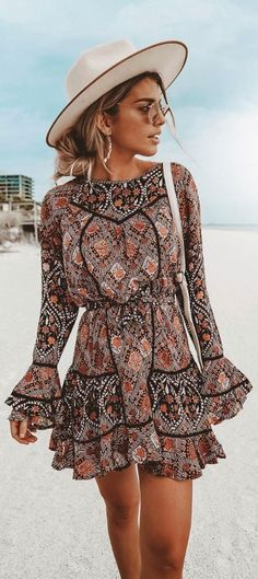 Boho Outfits mini boho dress perfect fits to wear on the beach boho Boho Outfits. Here is Boho Outfits for you. Boho Outfits, Stylish Outfits, Vintage Outfits, Fashion Outfits, Dress Fashion, Fashion Clothes, Dress Outfits, Boho Mini Dress, Boho Summer Dresses