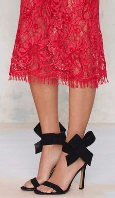 Shop the latest women's clothing and fashion accessories online from Nasty Gal. Pretty Shoes, Beautiful Shoes, Cute Shoes, Me Too Shoes, Love Fashion, Fashion Shoes, Fashion Accessories, Fashion Outfits, Womens Fashion