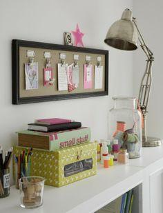 Hier finden die Postkarten von Freunden, Familie und aus dem eigenen Urlaub Platz. #homestory #home #interior #accessoires