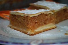 Fahéjas almás szelet mandulával! A nagyi se süt finomabbat! Egg And I, Hungarian Recipes, Cake Cookies, Sour Cream, Allergies, Cheesecake, Food And Drink, Pie, Banana