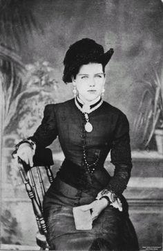 1880 photo of an Australian woman