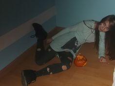scared smile Mereine on the floor