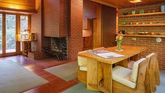 As FLW's 150th birthday approaches, Pope-Leighey House in Alexandria, Virginia, continues to surprise and delight. Frank Loyd Wright Houses, Lloyd Wright, Playhouse Decor, Usonian House, Craftsman Style Homes, Mid Century House, Interior Architecture, Interior Design, Alexandria Virginia