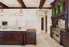 Winnetka Luxury Custom Home - traditional - kitchen - chicago - Heritage Luxury Builders