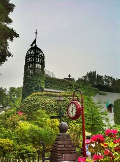 Beautiful picture of Ghibli Museum in Mitaka (Inokashira Park) takes you to a different world.