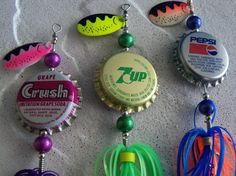 Lures made from recycled bottle caps. A Christmas DIY for the fisherman in someone's life Fishing Knots, Kayak Fishing, Fishing Tips, Survival Fishing, Ice Fishing, Saltwater Fishing, Redneck Crafts, Homemade Fishing Lures, Craft Projects