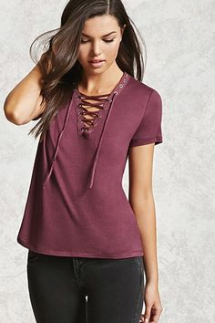 Unleash your inner fashionista with the hottest new women's tops from Forever 21. Browse tees, tank tops, bodysuits, and sweaters for any occasion!