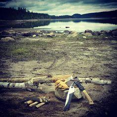 Sawing and splitting firewood testerday #optoutside #getoutside #bushcraft #friluftsliv #axe #saw #wood #woods #woodsman #outdoorsman #lake #camping #hiking #adventure #explore #utno #liveterbestute #telemark #forest #wildernessculture #hestra