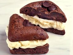 You Really Deserve a Brownie Ice Cream Sandwich Today http://greatideas.people.com/2014/09/18/brownie-ice-cream-sandwich-recipe/