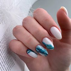 50 Trendy Winter Nail Art Ideas For 2019 These trendy Nails ideas would gain you amazing compliments. Check out our gallery for more ideas these are trendy this year. French Manicure Gel Nails, Diy Nails, Cute Nails, Acrylic Nails, Winter Nail Art, Winter Nails, Fall Nails, Xmas Nails, Halloween Nails