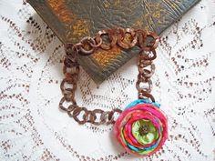 Collana catena rame e fiore di stoffa fatto a mano multicolor di raso, collana colorata, collana fiore, collana primavera, collana estate