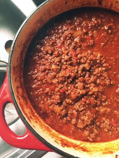 Venison and Beef Chili - Solid Gold Eats Venison Recipes, Chili Recipes, Meat Recipes, Crockpot Recipes, Cooking Recipes, Venison Meals, Deer Meat, Wild Game Recipes, Kitchens