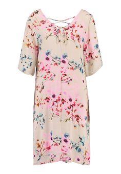 Najlepsze obrazy na tablicy Sukienki (637) | Sukienki