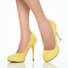 yellow pumps, height is perfect for people not used to high heels,,,like me :P