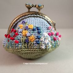 I'm so glad to show you a few more completed purses on the eve of a momentous occasion – my cast comes off tomorrow! I am really enjoying making these and the ideas for pr… Crochet Coin Purse, Crochet Purses, Crochet Bags, Crochet Ideas, Unique Gifts For Women, Hand Painted Furniture, Coin Purses, Wallets For Women, Vintage Inspired