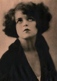 Looking Up ☆ Clara Bow circa 1923 ☆ Photograph by Ira Hill ☆