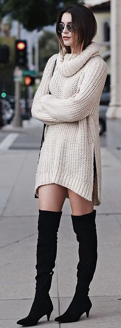 Thrifts And Threads Pointed Toe And Kitten Heel Fall Streetstyle Inspo