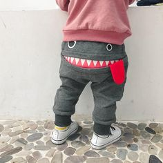 The 'Smiling Gronk' Harem Pant - Schnittmuster Babykleidung - Baby Clothes Fashion Kids, Baby Boy Fashion, Fashion Shoes, Fashion Scarves, Fashion Wear, Fashion Purses, Fashion Capsule, Ladies Fashion, Diy Fashion