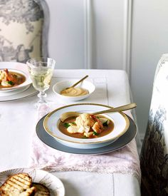 Australian Gourmet Traveller recipe for bouillabaisse with rouille by Montrachet restaurant in Brisbane. Chef Recipes, Soup Recipes, Delicious Recipes, Bouillabaisse, Bistro Food, French Bistro, Recipe Search, Just Cooking, French Food