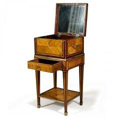 Louis Xvi, Art Deco Furniture, Furniture Design, Bronze Art, Objet D'art, Cool Chairs, Shabby Chic Decor, Luxury Bedding, Decoration