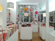 Ton Paris Couture & DIY #1 [carnet d'adresses]...bon séjour et ramène nous plein   d'idées...