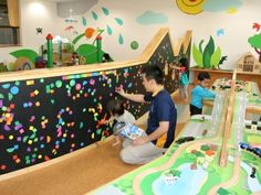 Nursery Decorating Ideas - Baby Room Design For Chic Parent Kindergarten Interior, Kindergarten Design, Preschool Decor, Kids Decor, Design Maternelle, Indoor Playroom, Daycare Design, Kids Indoor Playground, Baby Room Design