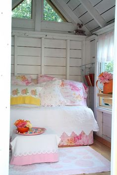 1000 images about shabby chic playhouse on pinterest for Backyard guest room