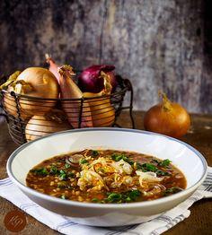 Zupa z soczewicą i cebulą - Ale Babka! i robi to co lubi:) Ale, Chili, Vegetarian, Recipes, Food, Chile, Chilis, Eten, Ales