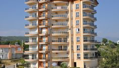 The 2 bedroom apartment is located in the popular suburb,Avsallar.  The distance  to beach is arround 1km,as well as to the centre of the town.  The re-sale brandnew apartment  is on the 2.floor and has a very beautiful sea and mountain views.