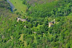 Letecký pohled na zříceninu Nového Hrádku u Lukova. #hrad, #zřícenina, #castle, #ruin, #Podyjí, #Thayatal River, Outdoor, Outdoors, Outdoor Games, Outdoor Living, Rivers