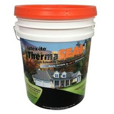 Prevent cracking and peeling of fillers by choosing this inexpensive Latex-ite Therma Seal Driveway Filler Sealer. Driveway Sealing, Diy Driveway, Driveway Repair, Driveway Ideas, Driveway Design, Yard Design, Patio Ideas, Blacktop Driveway, Asphalt Driveway