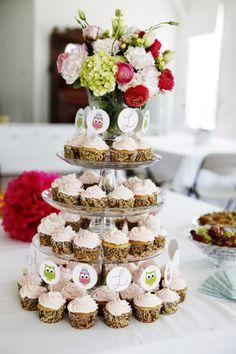 cup cake arrangement