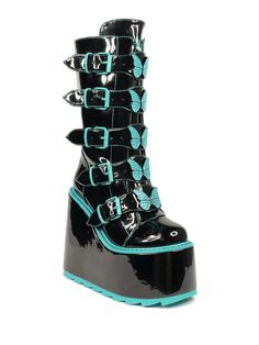 Emo Shoes, Grunge Shoes, Pastel Goth Shoes, Pastel Goth Fashion, Egirl Fashion, Fashion Shoes, Botas Goth, Pastell Goth Outfits, Goth Boots