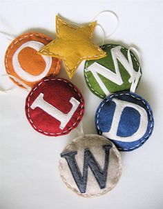 family initial Christmas ornament - would be cute in the kiddo's room spelling out a name
