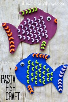 Elbows Macaroni Pasta is the perfect shape for making a fun and colorful pasta fish craft for students in a special education classroom. Great ocean kids craft, summer kids craft and works on fine motor skills as well. Get all the directions at: http://iheartcraftythings.com/pasta-fish-craft.html