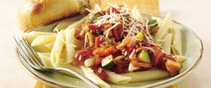 Penne with Vegetables in Tomato-Basil Sauce Fresh can be fast! Cook delicious penne pasta with vegetables in this hearty skillet dish in just 20 minutes. Lunch Recipes, Vegetarian Recipes, Healthy Recipes, Easy Recipes, Vegetarian Lunch, Dinner Recipes, 300 Calorie Dinner, Oven Ready Lasagna, Tomato Basil Sauce