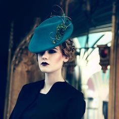 Jane Taylor Millinery BENITA - 1940's percher velour felt hat with feather feather & quill detail.